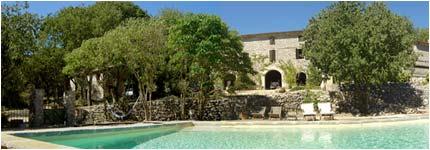 gite herault tourisme vacances piscine